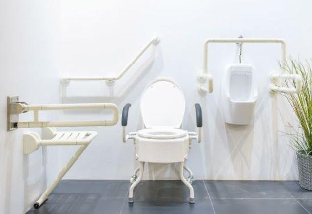 Łazienka dla niepełnosprawnych 3